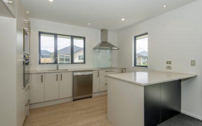 New Robert Villa 2 bedroom unit. Delightful Abode